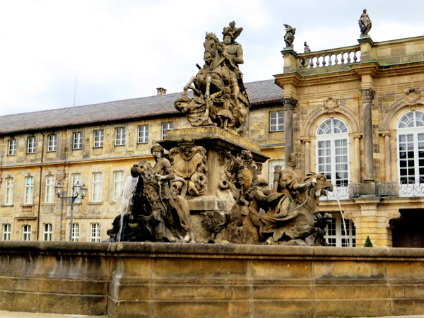bayreuth-new-palace-fountain-2a